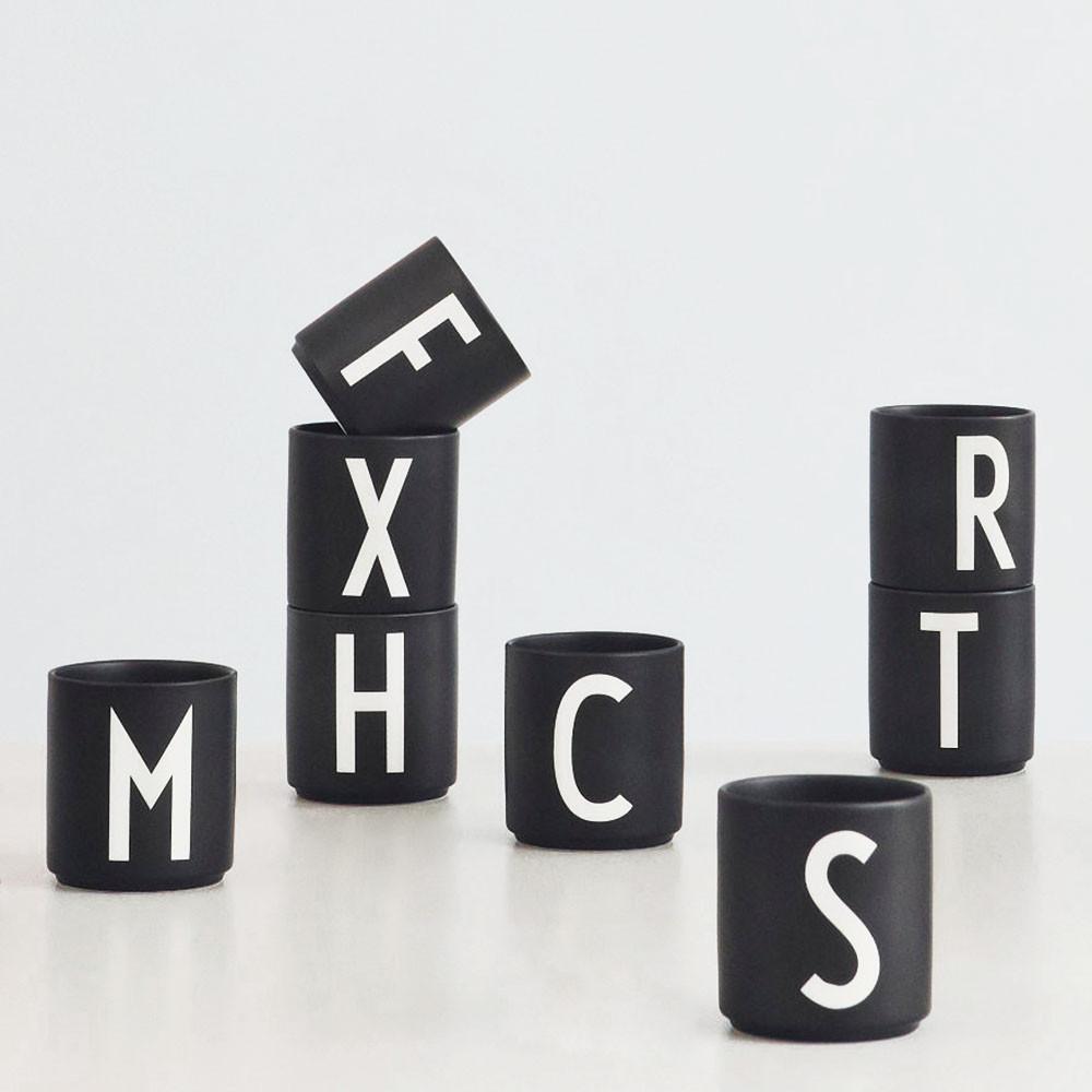 Design Letters Becher schwarz